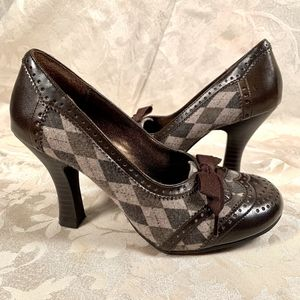 Bongo Brown Leather Argyle Print Heels